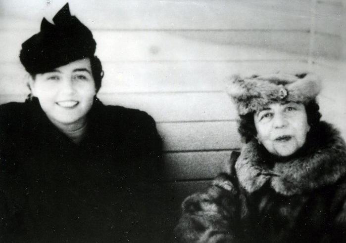 Зоя Воскресенская-Рыбкина и Александра Коллонтай