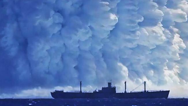 Подводный атомный взрыв