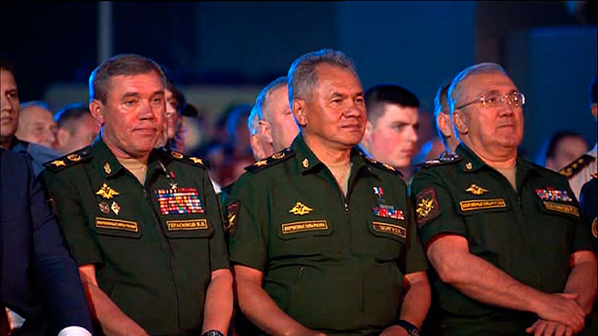 Беларусь вышла вфинал танкового биатлона