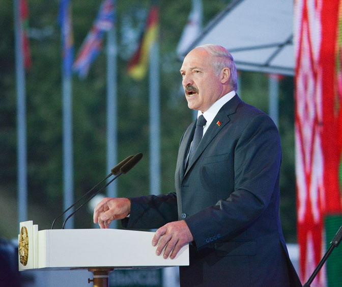 Александр Лукашенко иВладимир Путин обсудили потелефону актуальные вопросы двусторонних отношений